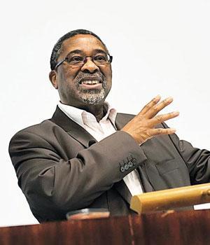 Moeletsi_Mbeki