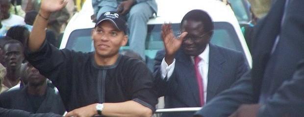 Karim Wade greets supporters. Credit: Serigne Diagne.