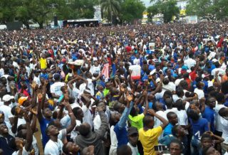 George Weah supporters await his arrival at the party headquarters in Congo Town, Monrovia. Credit: Stephen Kollie.
