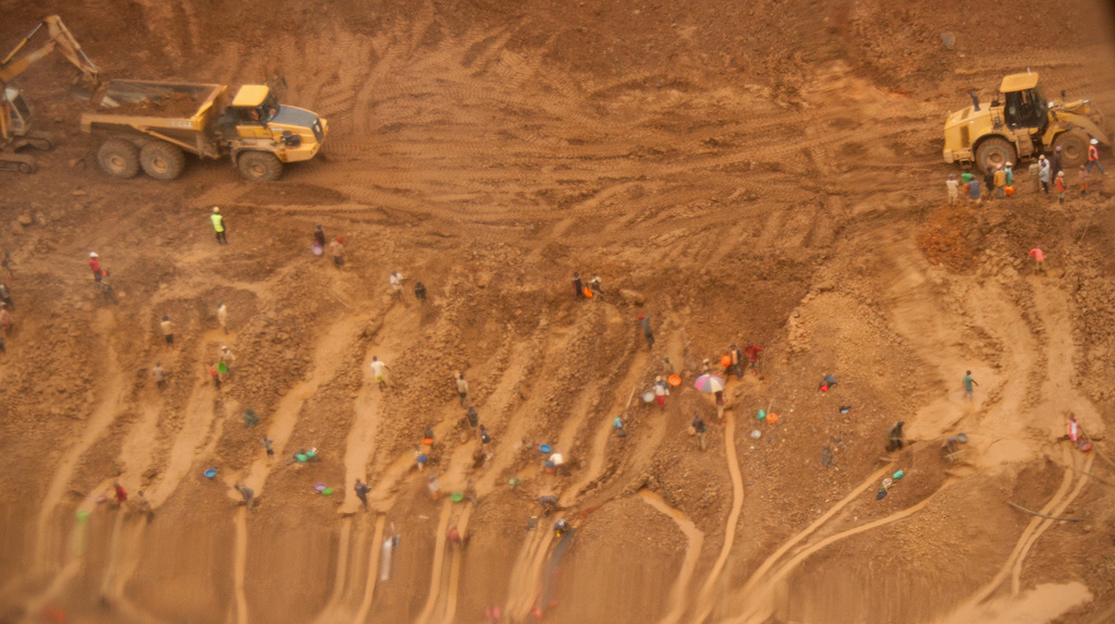Mining in the Democratic Republic of Congo. Credit: USAID.