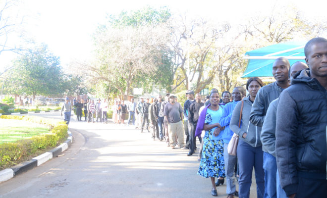 Zimbabwean voters queue to vote in the 30 July 2018 elections. Credit: Commonwealth Secretariat.