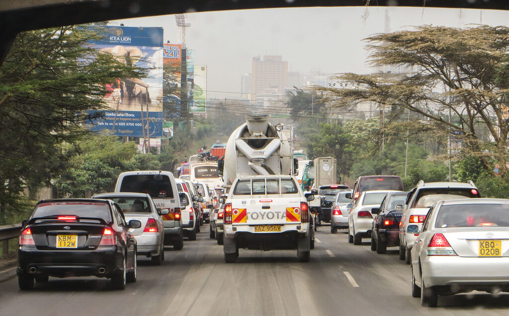 Banning the matatu: Nairobi's congestion problem has many causes but few easy solutions. Credit: chmoss.