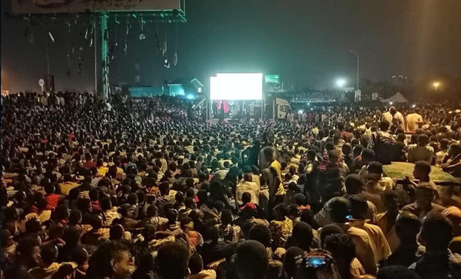 Sudan sit-in: Protesters in Khartoum stop demonstrating to watch the Barcelona-Manchester United match.
